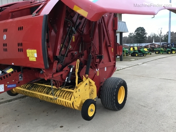 2014 New Holland 560 Roll Belt Image 3