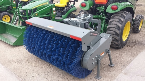2018 Worksaver RMB-325P broom