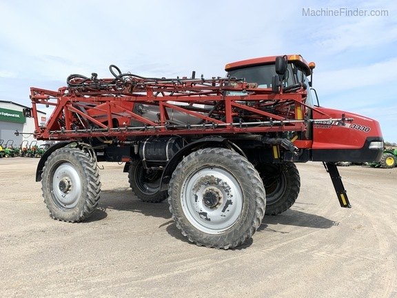 2011 Case IH Patriot 3330 Image 2