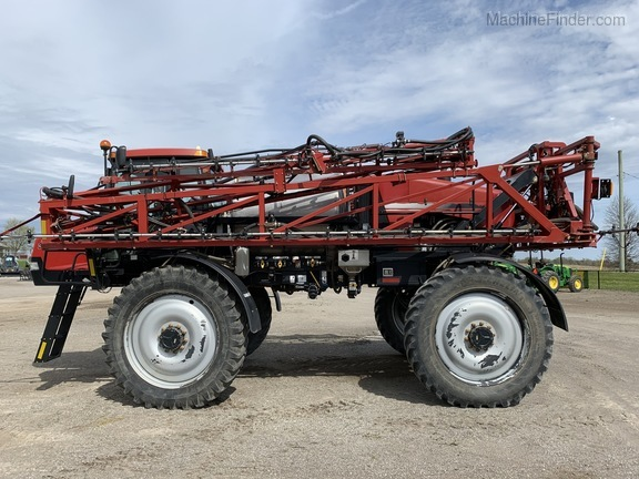 2011 Case IH Patriot 3330 Image 1