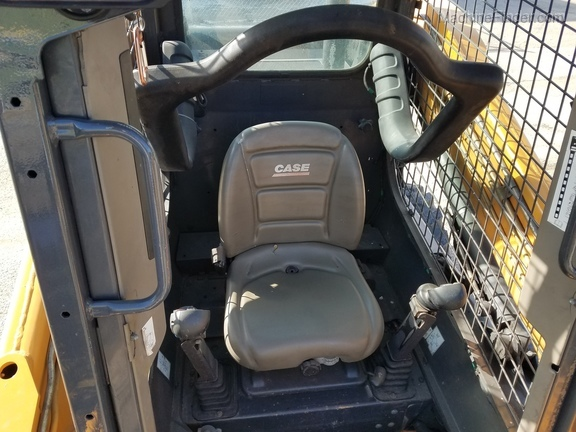 Case SV300