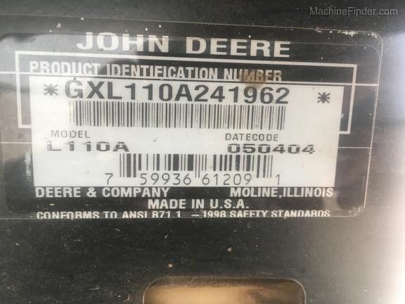 Photo of 2004 John Deere L110