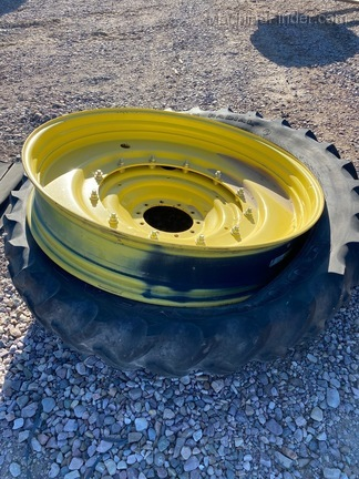Goodyear Super Traction Radial DT 800 Image 3