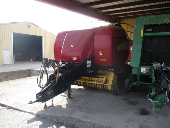 2009 New Holland BB9060