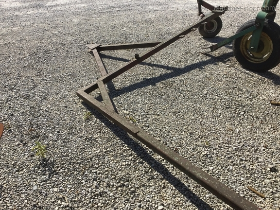 New Holland Double Rake Hitch Image 2