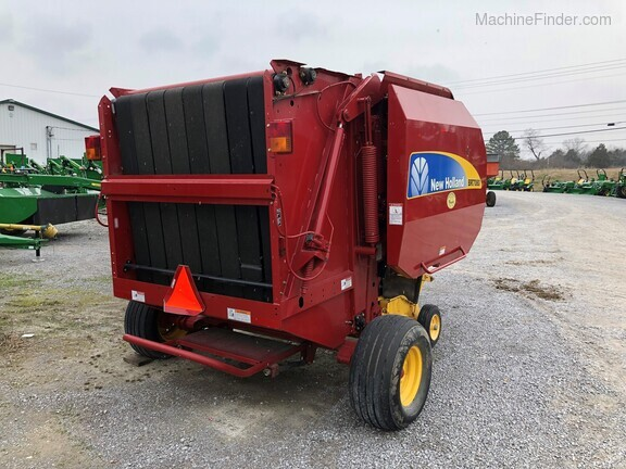 2015 New Holland BR7080 Image 5