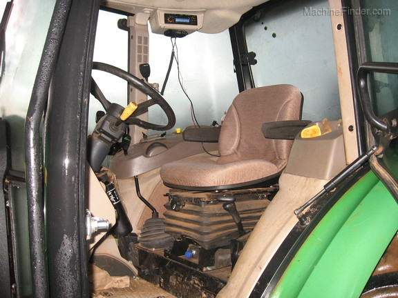 2012 John Deere 5083E