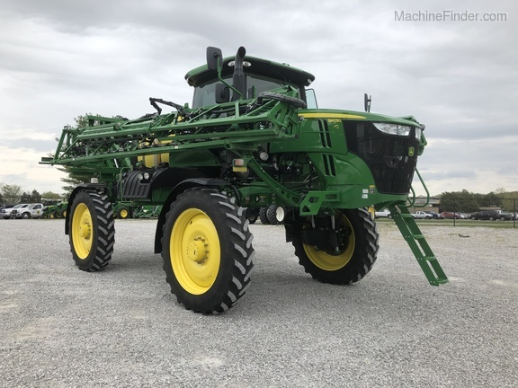 Photo of 2017 John Deere R4030