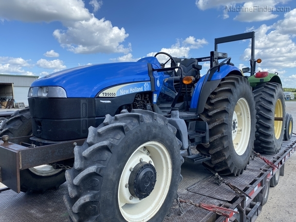 2011 New Holland TD5050 Image 1