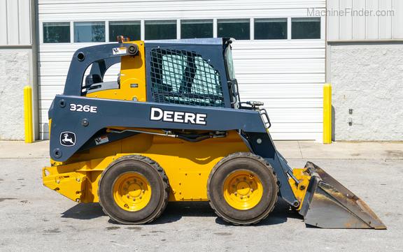 2014 John Deere 326E-4