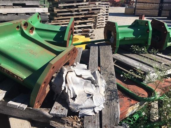 "John Deere 16""/400 cast axle extension kit"
