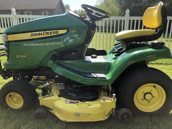 Photo of 2005 John Deere X324