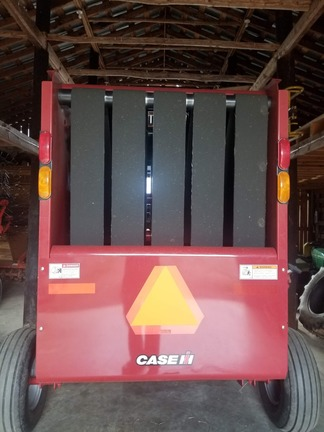 2018 Case IH RB455A Image 6