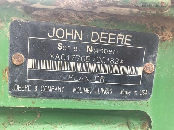 Photo of 2006 John Deere 1770NT