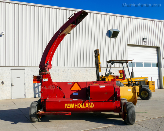 New Holland FP240-3