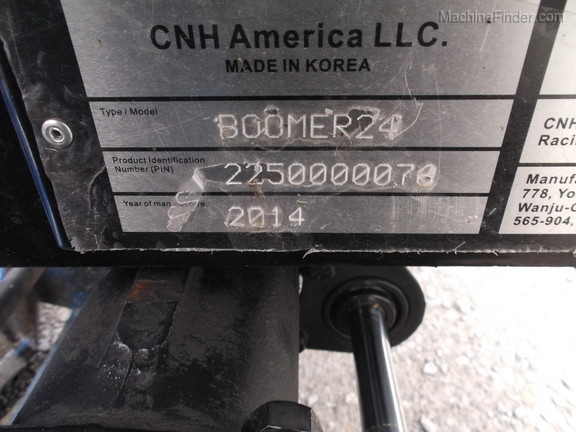 2014 New Holland Boomer 24