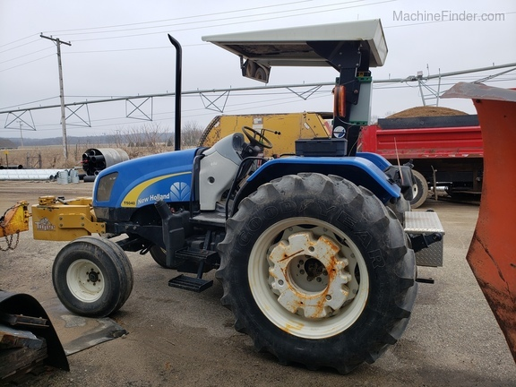 2008 New Holland T5040 Image 4
