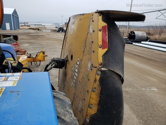 2008 New Holland T5040 Image 9