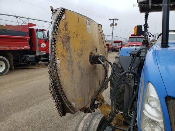 2008 New Holland T5040 Image 12