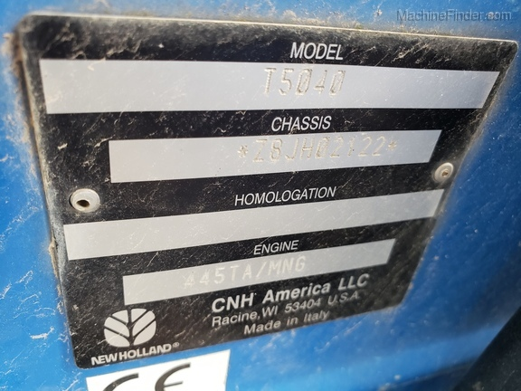 2008 New Holland T5040 Image 13