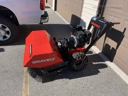 2018 Gravely 36 POWER BRUSH HYDRO