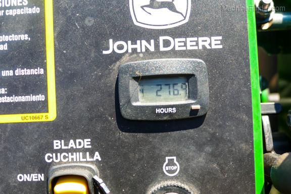 2017 John Deere 636M-8