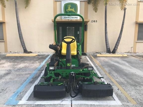 Pre-Owned John Deere 2500B in Boynton Beach, FL Photo 5