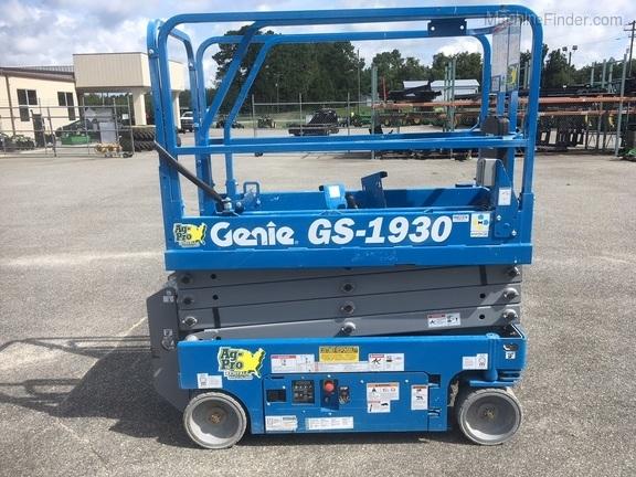2017 Genie GS1930