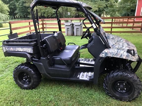 2013 John Deere XUV 550 GREEN