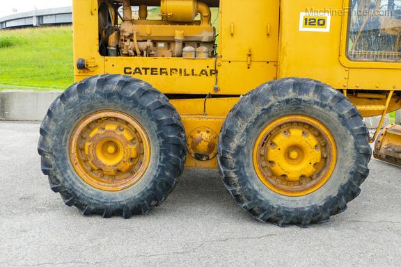 1976 Caterpillar 120-6