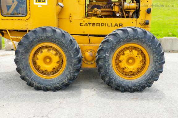 1976 Caterpillar 120-12