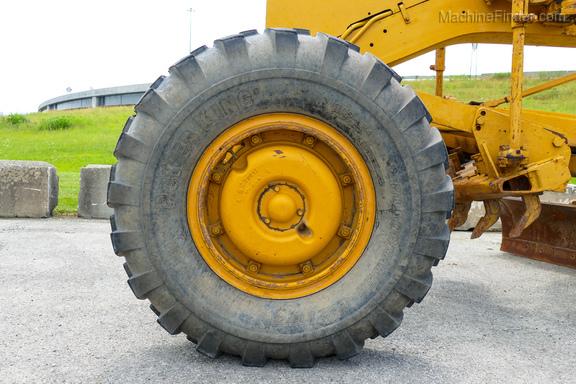 1976 Caterpillar 120-11