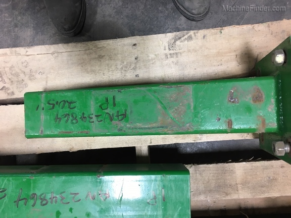 "John Deere AN234864 20.5"" STUB BAR"