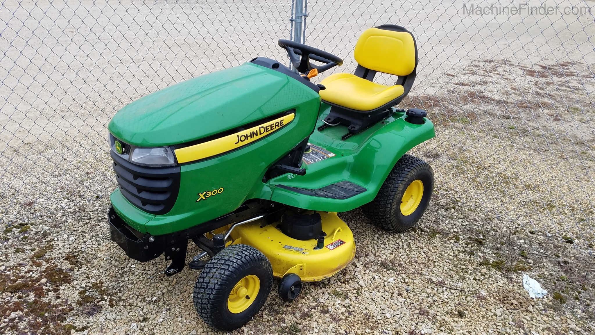 john deere x300 lawn mower reviews bruin blog. Black Bedroom Furniture Sets. Home Design Ideas