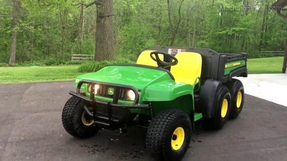 2019 John Deere TH 6X4 GAS GATOR