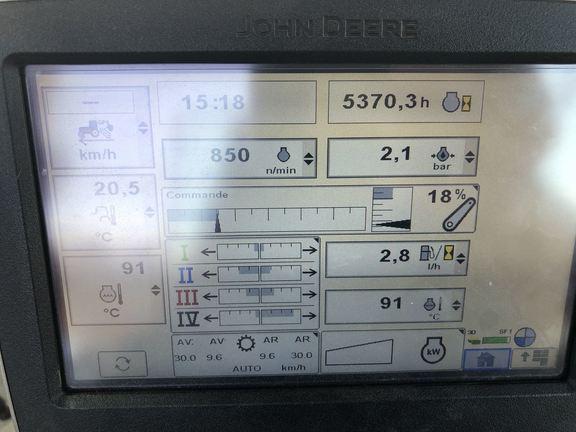 John Deere 6150R