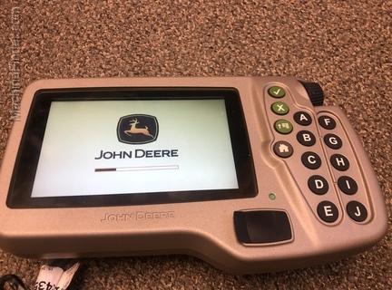 John Deere GU18