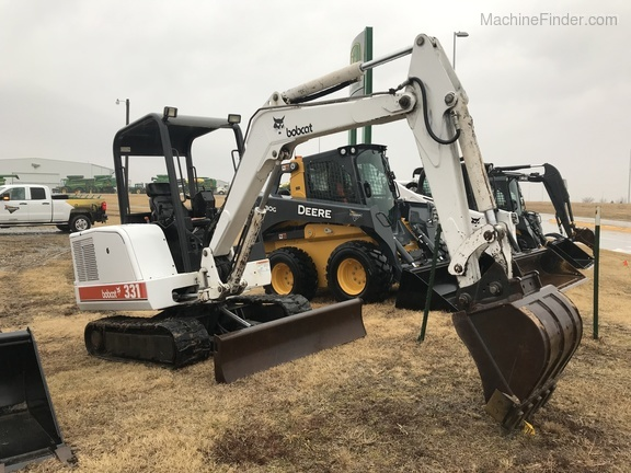 1998 Bobcat 331 - Compact Excavators - Beatrice, NE
