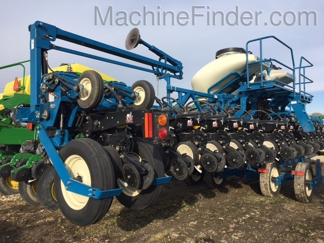 Kinze 3600 Planters Drawn For Sale 105247