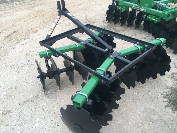 2018 Armstrong Ag MD1618 DISC