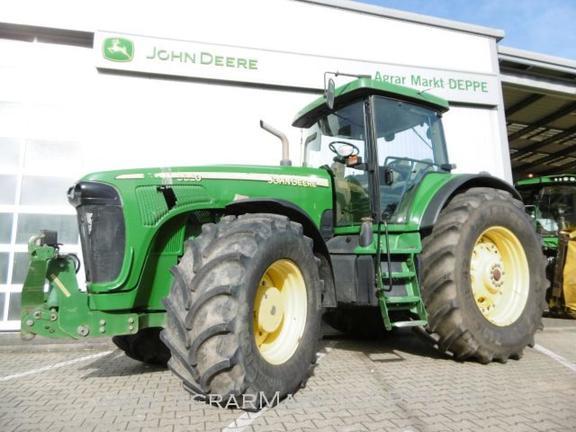 John Deere 8320