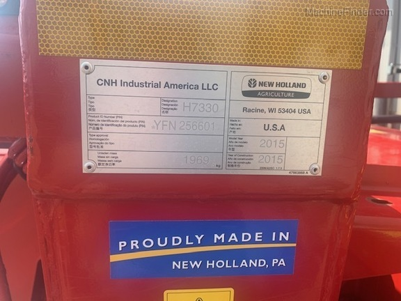 2015 New Holland H7330 Image 6