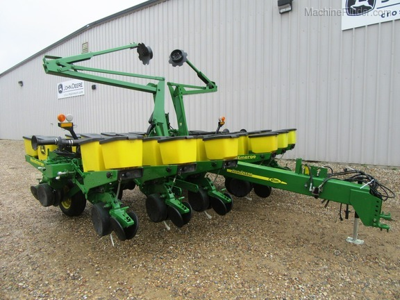 John Deere Equipment From Cross Implement Your Local John Deere Dealer