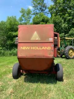 1990 New Holland 848