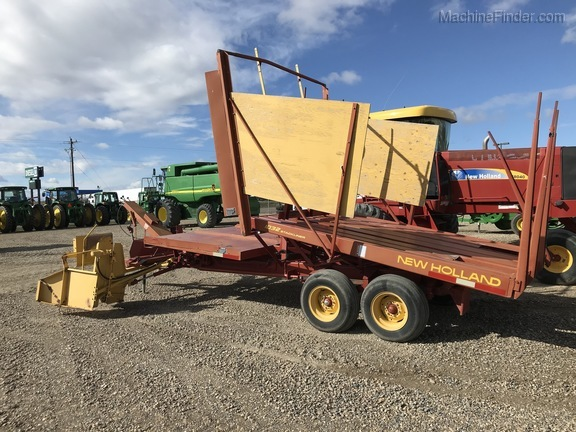 New Holland 1032 STACK WAGON Image 3