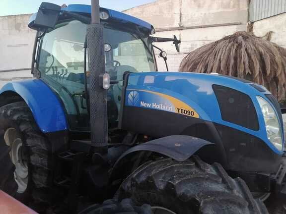 New Holland T-6090