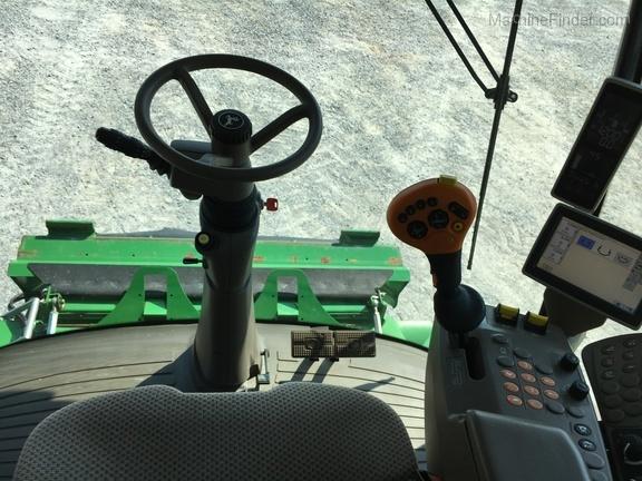 Photo of 2012 John Deere S670