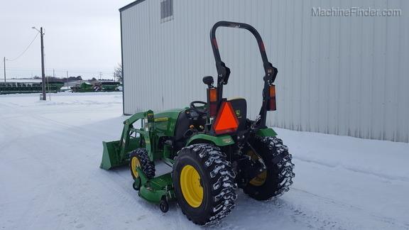 2014 John Deere 2032R - Compact Utility Tractors - Oelwein, IA