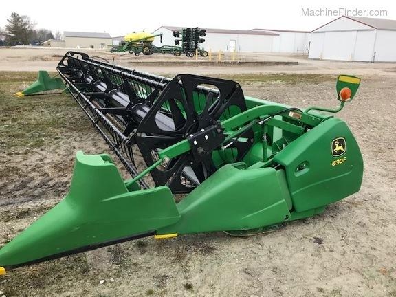 John Deere 630F