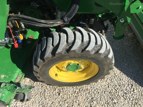 Photo of 2018 John Deere 3046R